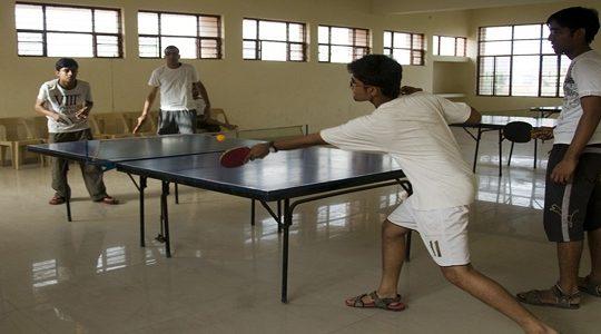 Extra-curricular play-table-tennis